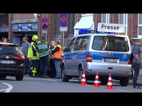 Schock in Münster: Auto rast in Menschenmenge