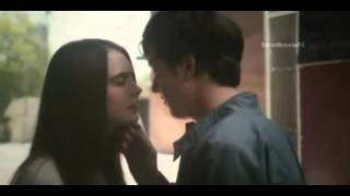 Paper Towns / Margo and Quentin Kiss scene