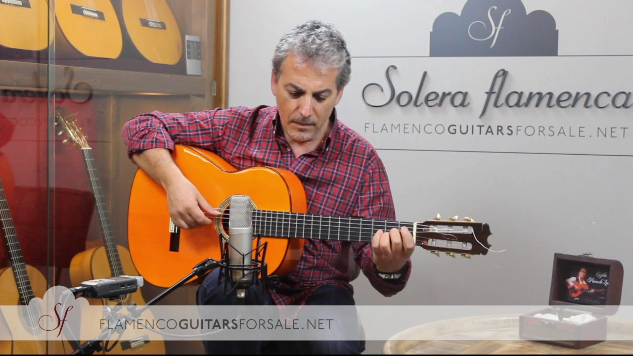 Hermanos Conde A26 2000 flamenco guitar for sale played by Pedro Javier González