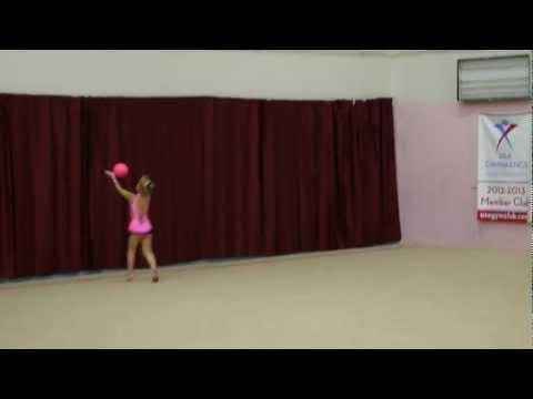 Sophie's First Rhythmic Gymnastics Competition - Ball (видео)