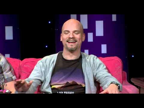 Tuomas Enbuske Talk Show - Jakso 39 - Vieraana Niko Kivelä tekijä: tvviisi