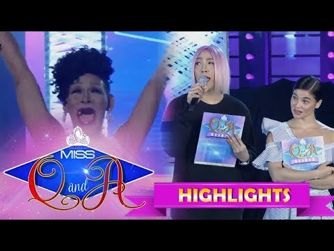 It's Showtime Miss Q and A Resbek: Angelika confuses the Showtime staff with her answer