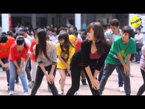 FLASH MOB Gangnam style chào K57 - Đại học Xây Dựng ( NUCE ) VIET NAM