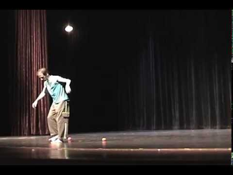 2005 Promotional Video - Adam Zeisler - Comedy Juggling