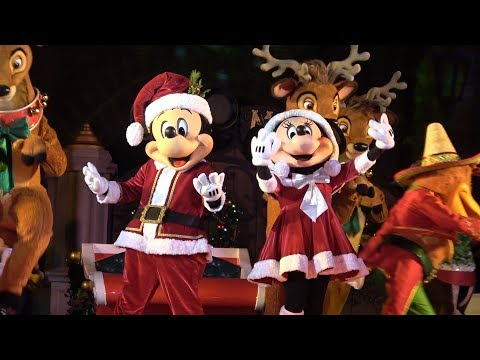 Christmas Party At Disney World 2017!!  Mickey's Very Merry Christmas Party Parade & Holiday Shows