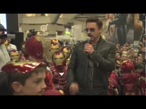 Visite surprise de Robert Downey Jr au Comic Con