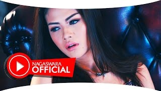 Cinta Pertama - Hesty - Official Music Video - Nagaswara