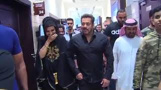 Video Salman Khan in Middle East   Rashid Belhasa Worlds kid Billionaire MP3, 3GP, MP4, WEBM, AVI, FLV Juli 2018