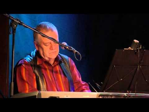 Evald Raidma - Taas punab pihlakaid( Kustas Kikerpuu) (видео)