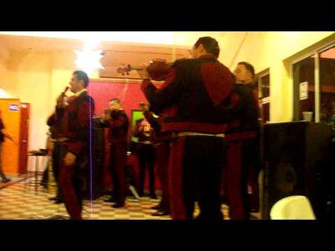 Mariachi Real De America - Vivir Sin Aire