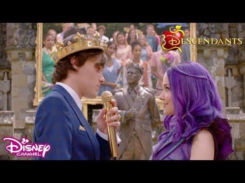 🤩 Sneak Peek | Descendants 3 | Disney Channel Africa