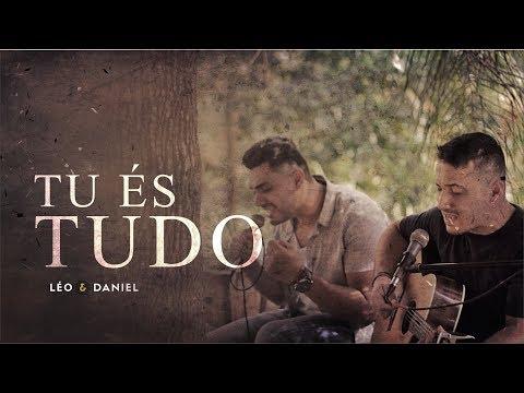 """""""Tu és Tudo"""", de Léo e Daniel já está disponível nas plataformas digitais"""