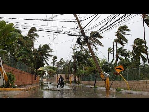 العرب اليوم - شاهد: ارتفاع حصيلة ضحايا إعصار