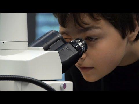 Trailer: Kinderuni - Tag der Mikroskopie | Forschungszentrum caesar