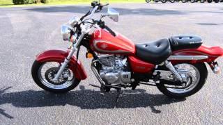 9. 2001 Suzuki GZ250 - U100974