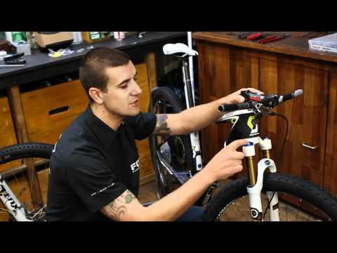 How To Set And Maintain Mountain Bike Forks With Fox Racing Shox | Official Subaru Australia