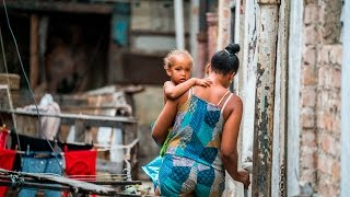 Nonton Visiting the Poor in Havana, Cuba- portraits and photojournalism using one lens and one camera Film Subtitle Indonesia Streaming Movie Download