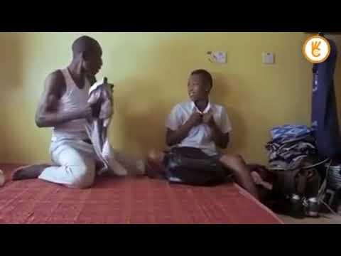 Baba ambaka mwanae