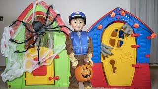 Paw Patrol Pretend Play Halloween Trick Or Treating for Candy
