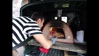 We were visiting Whitechapel in Shoreditch and came across this wonderful mobile pizzeria with a fully functioning wood fire...