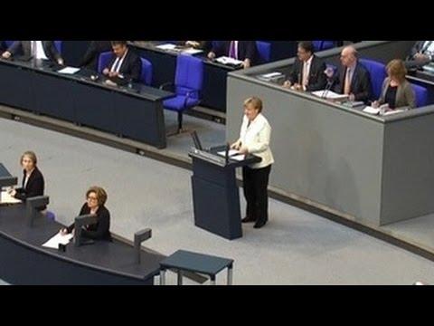 Меркель о НАТО и России: напугать и пригласить к диалогу (видео)