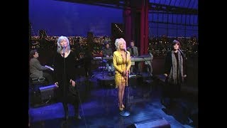 Video Harris, Parton, Ronstadt on Late Show, March 24, 1999 (full, stereo) MP3, 3GP, MP4, WEBM, AVI, FLV Desember 2018