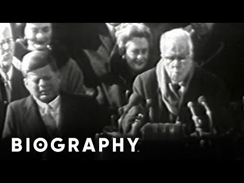 a short biography of robert frost Robert frost was born on march 26th, 1874 one of the most celebrated poets in  america, robert frost was an author of searching and often dark meditations on .