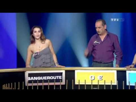 uncensored - Wheel of fortune with sexy chicks boobs hanging out! UNSENSORED!! breasts.