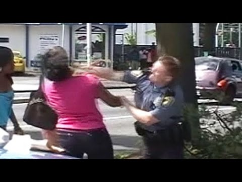 COP PUNCH GIRL IN THE FACE %28MR.IPAD CHAIN%29