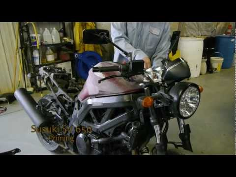 susuki - Priming the tank and plastics on 2007 Suzuki SV650.