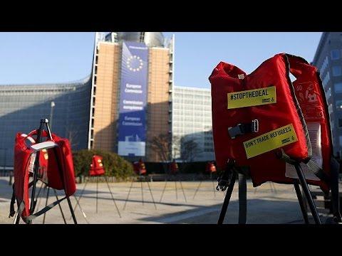 Συγκρατημένη αισιοδοξία μετά τη συμφωνία ΕΕ – Τουρκίας