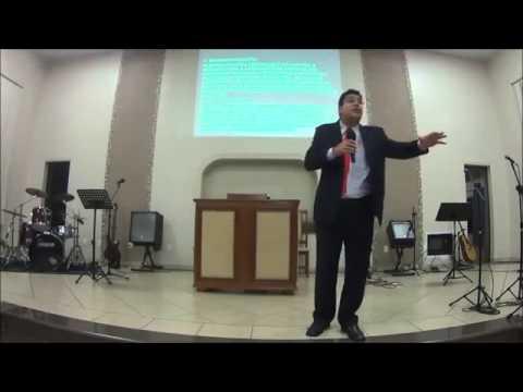 Pr  Marcus Benício falando na Pib de Fátima do Sul MS