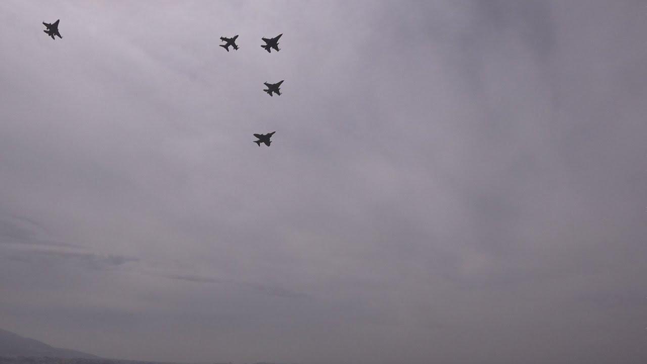 Μαχητικά αεροσκάφη πέταξαν πάνω απο την Ακρόπολη