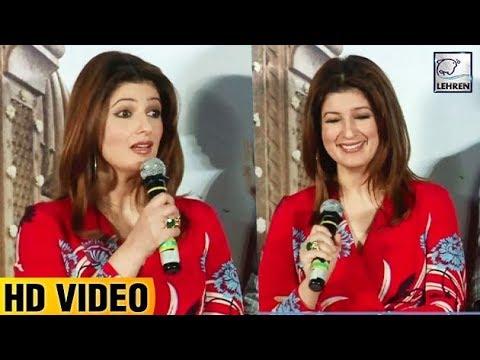 Twinkle Khanna Makes Fun Of Herself | Padman | Aks