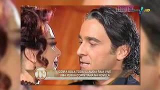 Claudia Raia se irrita com boatos de crise com Edson Celulari.