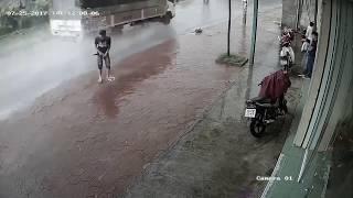 Мгновенная карма на дороге