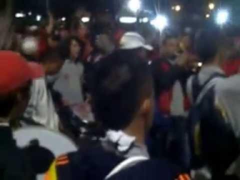 carnaval   del disturbio rojo bogota - Disturbio Rojo Bogotá - América de Cáli