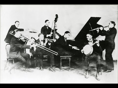 Jelly Roll Morton's Red Hot Peppers – Sidewalk Blues (1926)