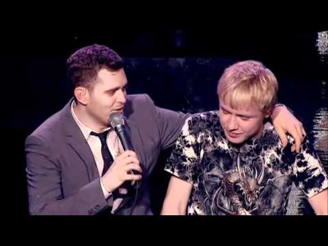duet - Watch 15 year old Sam get up on stage with Michael to sing 'Feeling Good' in this clip from Michael's ITV1 documentary 'This is Michael Buble' Follow me on T...