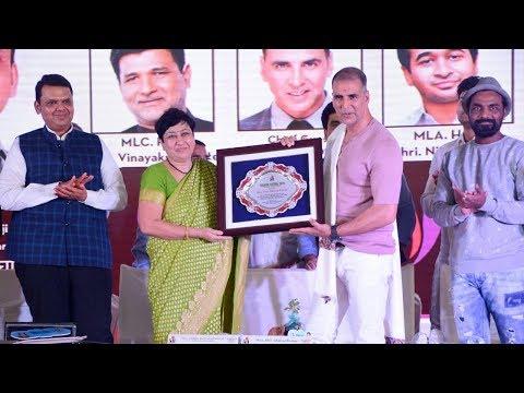 Akshay Kumar Inaugurates The Versova Fish Festival