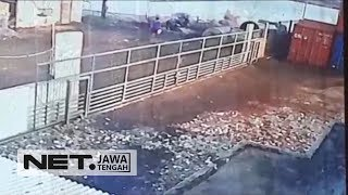 Video Seram, Pembunuhan Terekam CCTV Di Semarang - NET JATENG MP3, 3GP, MP4, WEBM, AVI, FLV April 2019
