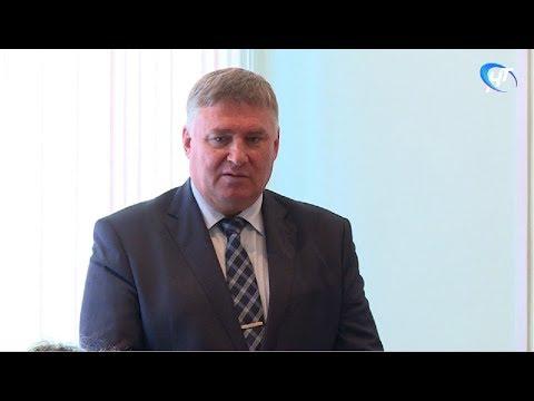 Николай Хатунцев избран главой Чудовского района