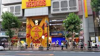 "Download Lagu DVD & BD「B'z LIVE-GYM 2017-2018 ""LIVE DINOSAUR""」渋谷タワレコ店頭Day Mp3"