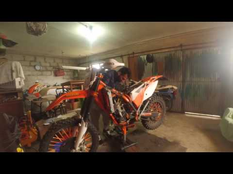 How to rebuild KTM exc 250 six days 2015