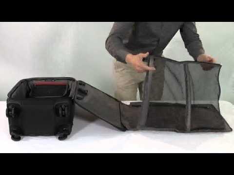 Victorinox Werks Traveler 4.0 Garment Suiter