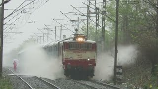 Vapi India  city photos gallery : TRAINS IN HEAVY RAIN : WATER BLAST : Ahmedabad AC Double Decker vs Vapi - Virar Shuttle