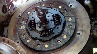 Video Como cambiar el retén de cigüeñal por fuga de aceite en un Chevrolet Chevy MP3, 3GP, MP4, WEBM, AVI, FLV Juni 2019