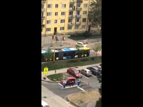 VIDEO: Aj takto sú nútení vodiči jazdiť po Košiciach