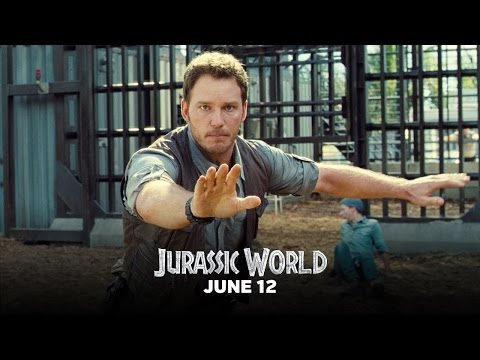 Jurassic World (Clip 'Owen Rescues a Worker from the Raptor Paddock')