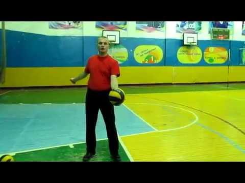 Нижняя подача в волейболе - Смотреть онлайн самые популярные топ видео YouTube - Youtube Search RU